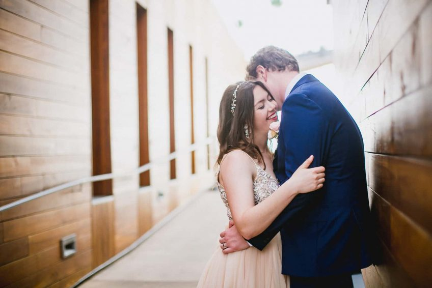 Should You Elope? 12 Pros and Cons of Elopements